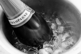 champagne_cooler_-_2013-12-26_at_19-32-26